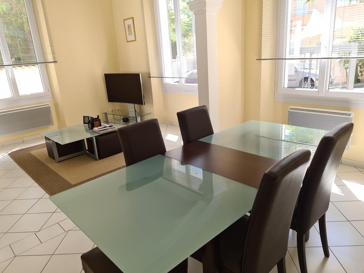 Maison - 83000 Toulon
